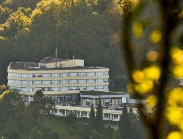 Einrichtungen 36